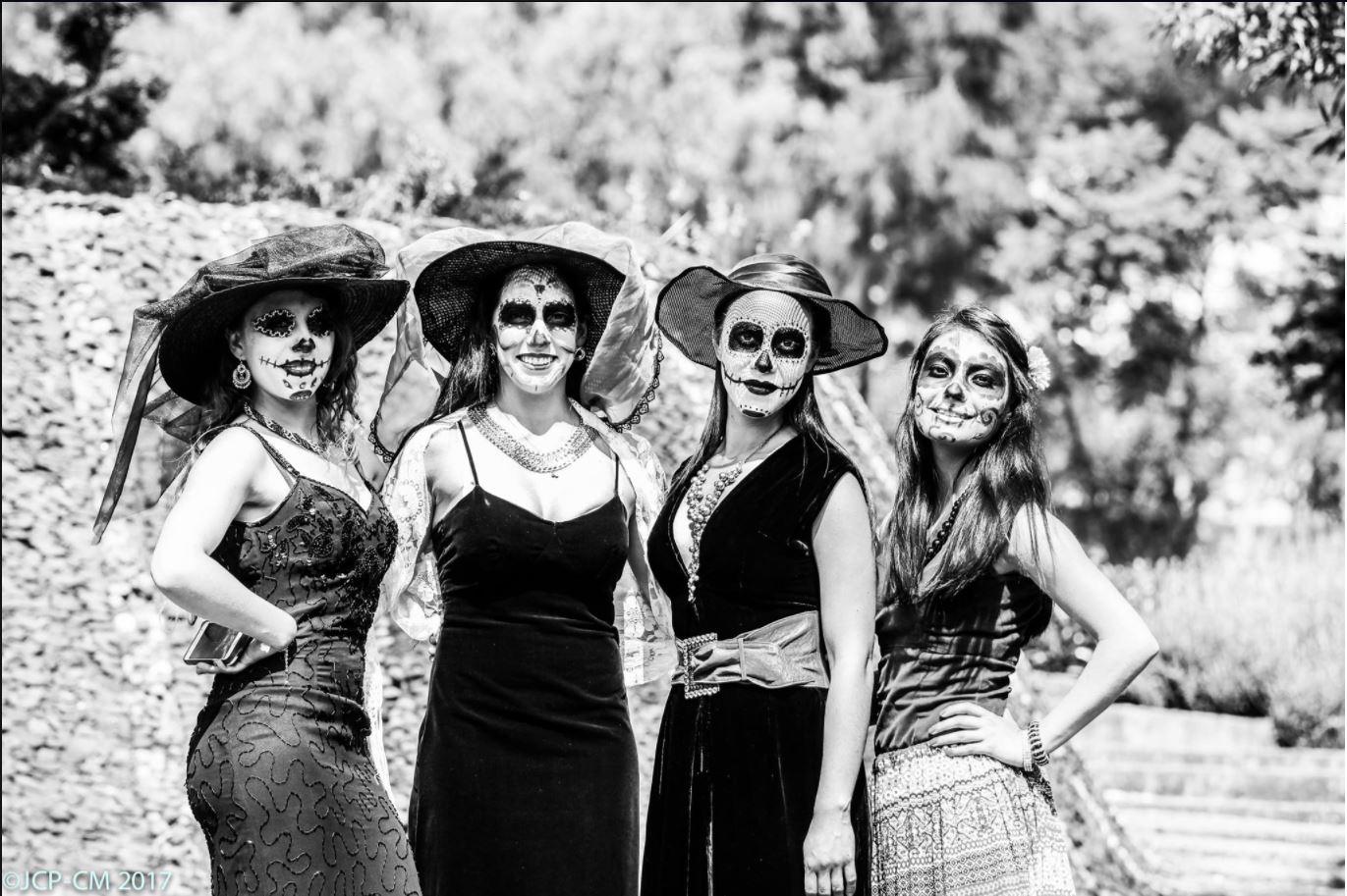 Matrimonio Y Mortaja Del Cielo Bajan : Frases memorables en torno a la muerte jardines