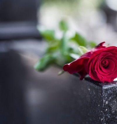 Muerte en el extranjero, ¿qué hacer cuando alguien fallece lejos de México?