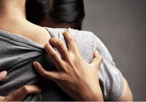 ¿Cómo sobreponerte al suicidio de un ser querido?